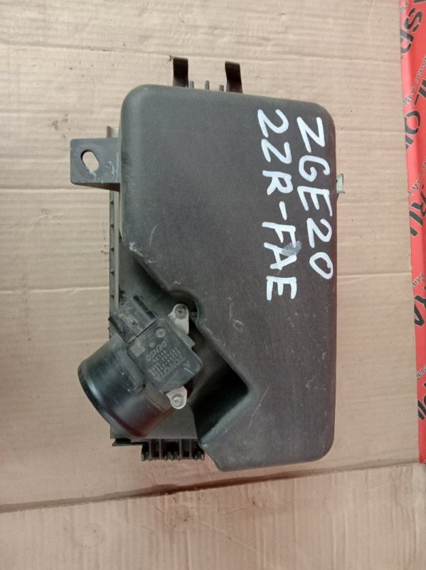 Корпус воздушного фильтра Toyota Wish ZGE20 2ZR-FAE 2009