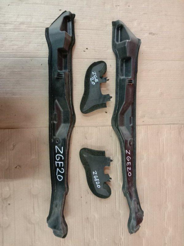 Накладка на крыло Toyota Wish ZGE20 2ZR-FAE 2009 передняя