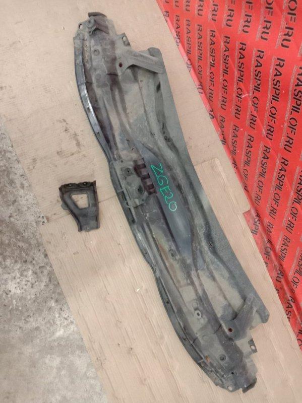 Решетка под дворники ( жабо) Toyota Wish ZGE20 2ZR-FAE 2009