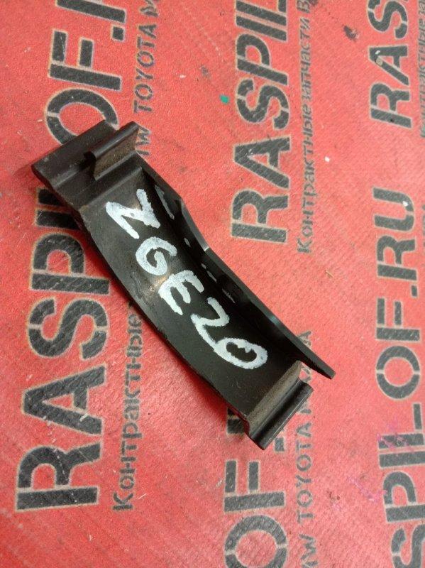 Заглушка Toyota Wish ZGE20 2ZR-FAE 2009