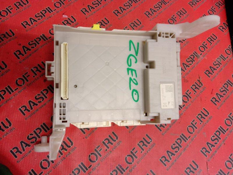 Блок реле и предохранителей Toyota Wish ZGE20 2ZR-FAE 2009
