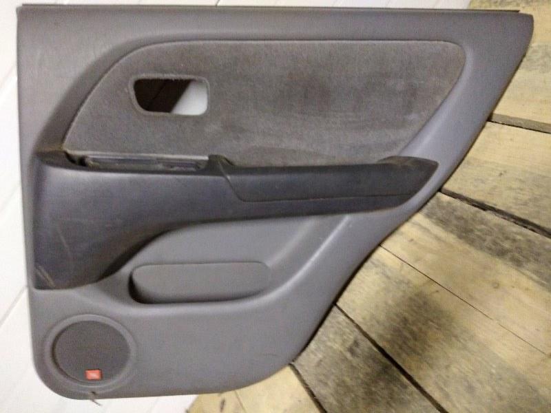 Обшивка двери Toyota Harrier MCU15 1MZ-FE 1999 задняя правая