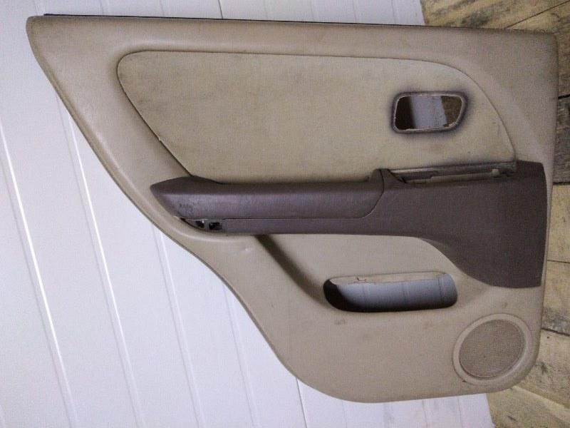 Обшивка двери Toyota Harrier MCU15 1MZ-FE 1999 задняя левая