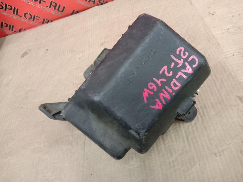Блок реле и предохранителей Toyota Caldina AZT241 2005