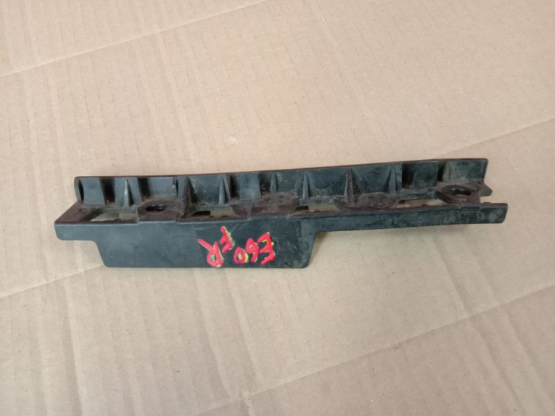 Клипса бампера Bmw 5-Series E60 M54B30 2005 передняя правая