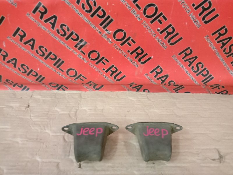 Уплотнитель Jeep Wrangler YJ 1995
