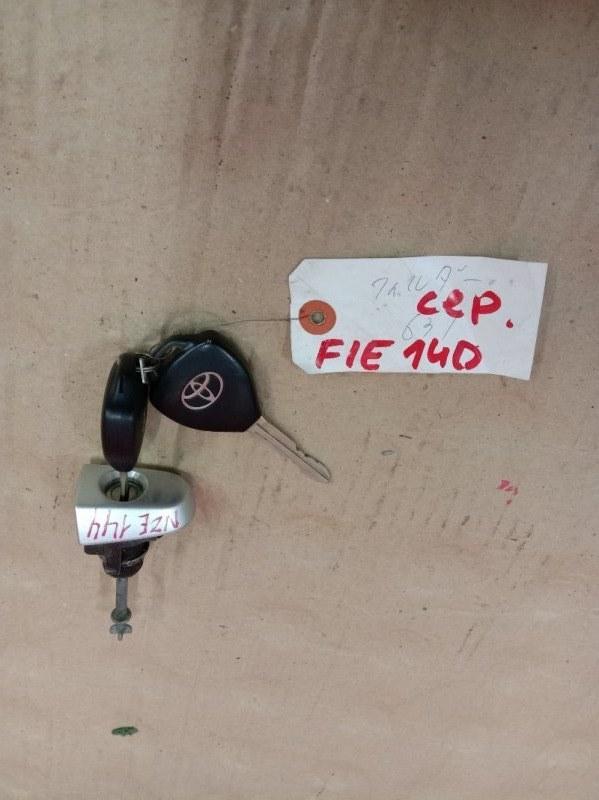 Ключ Toyota Corolla Fielder NZE144 1NZ-FE 2009