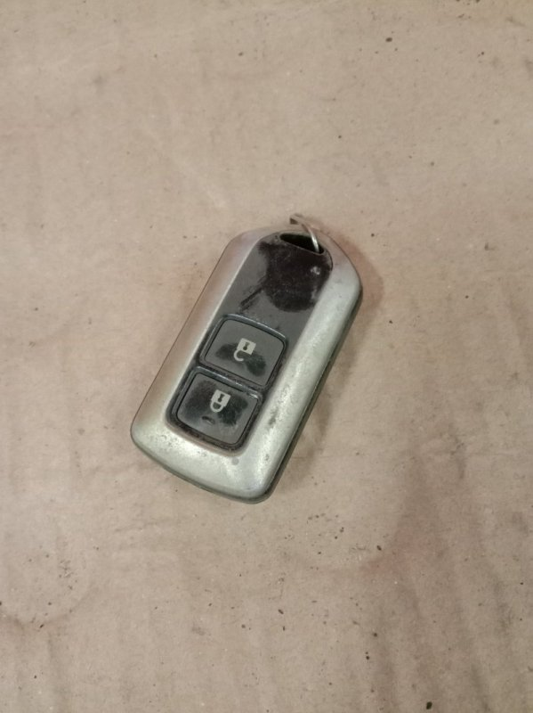 Ключ Toyota Corolla Runx ZZE122 1ZZ-FE 2004