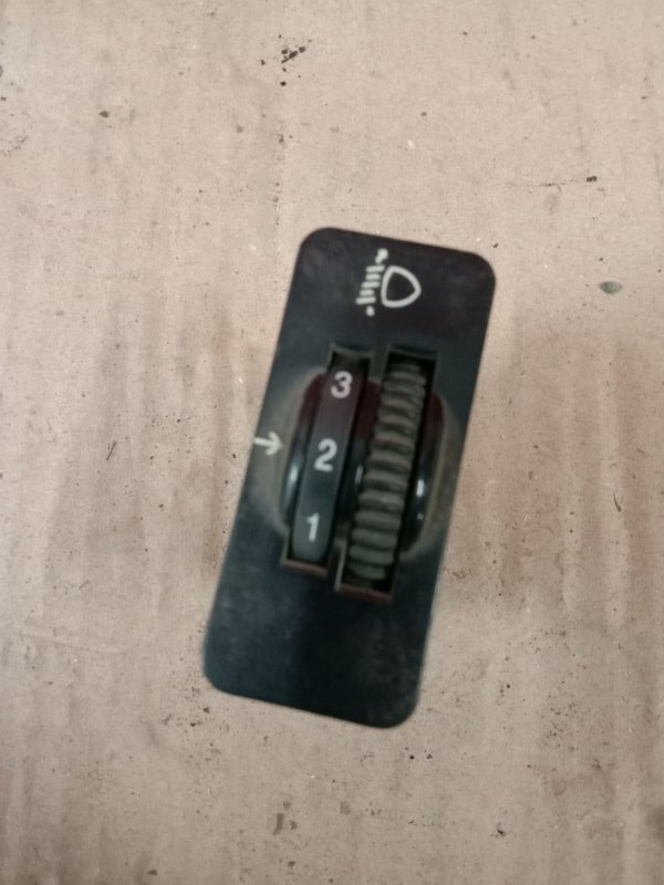 Кнопка Jeep Wrangler YJ 1995