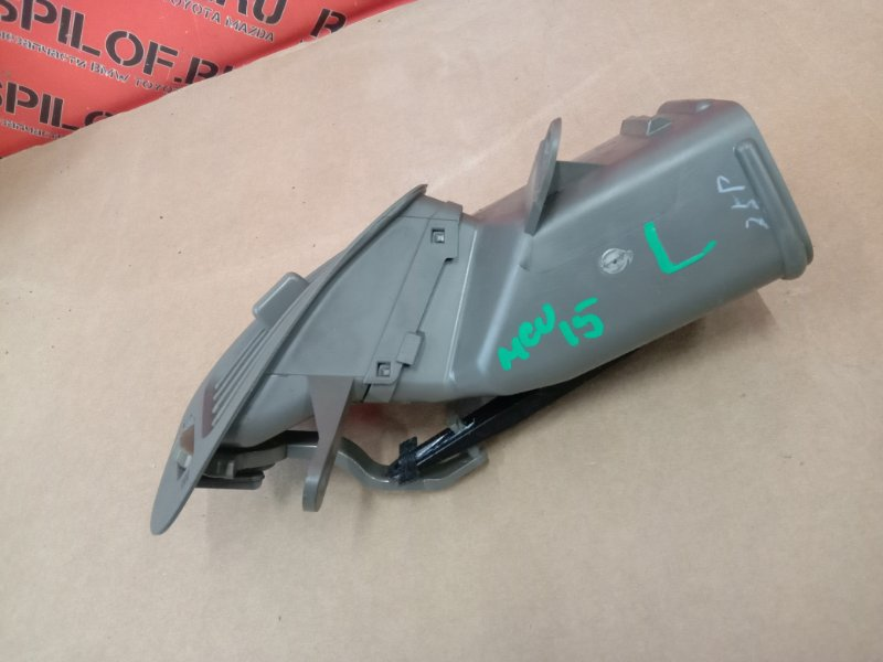 Дефлектор воздушный Toyota Harrier MCU15 1MZ-FE 2000 левый