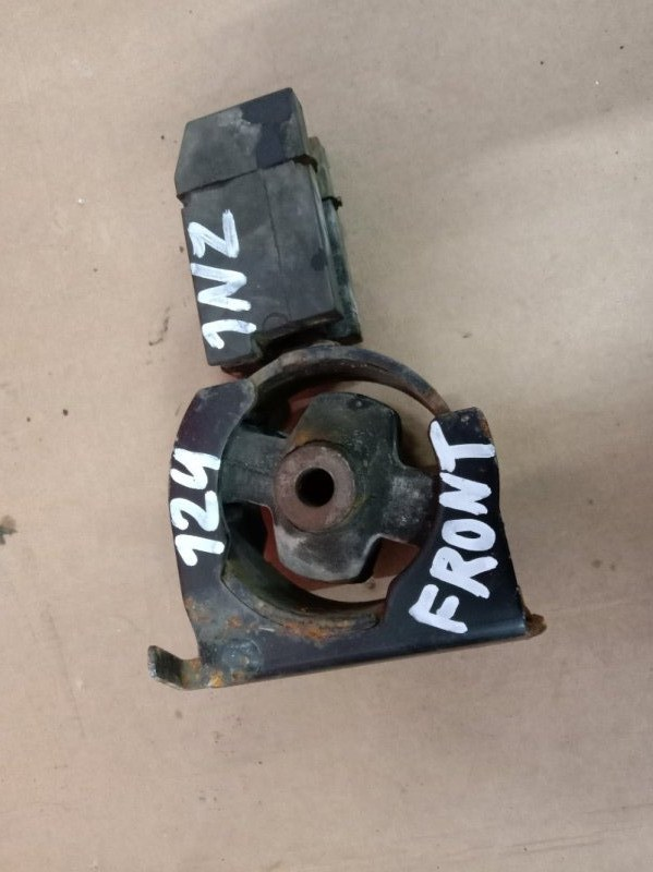 Подушка двигателя Toyota Corolla NZE124 1NZ-FE 2003 передняя