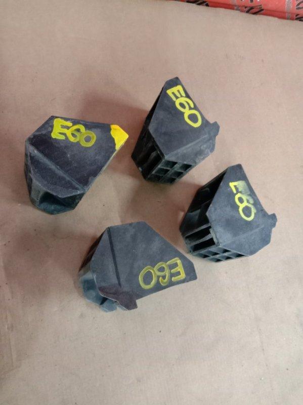 Кронштейн радиатора Bmw 5-Series E60 N52B25 2005