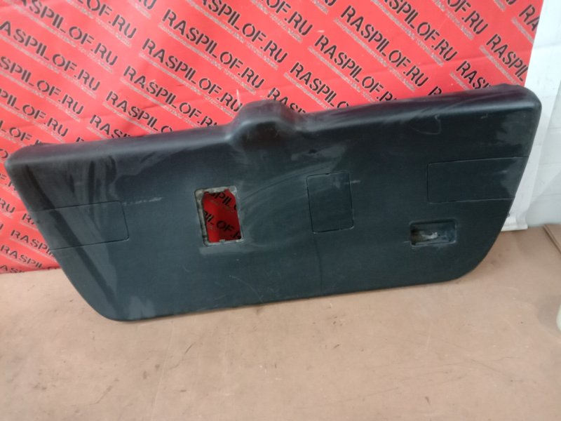 Обшивка крышки багажника Toyota Caldina ST215 3S-GE 2001