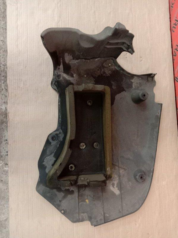 Пластиковая защита Bmw 5-Series E60 N52B30 2005 задняя правая
