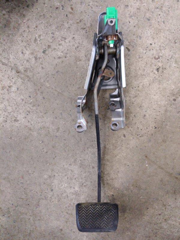 Педаль Toyota Corolla Fielder ZRE144 2ZR-FE 2010