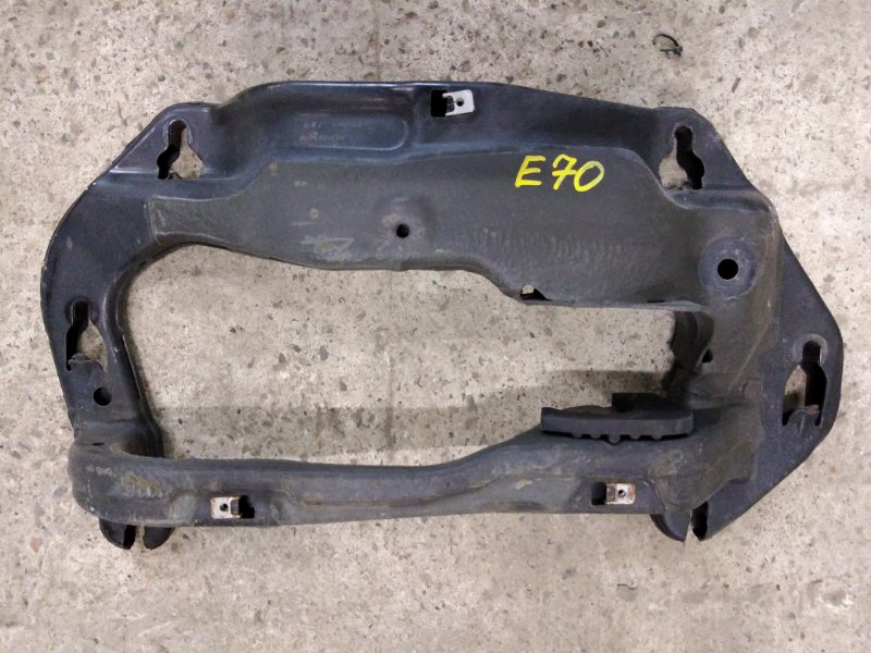 Балка крепления раздатки Bmw X5 E70 N52B30 2007