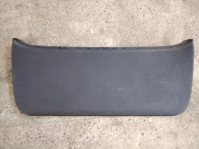 Обшивка крышки багажника Toyota Corolla Fielder ZZE122 1ZZ-FE 2003