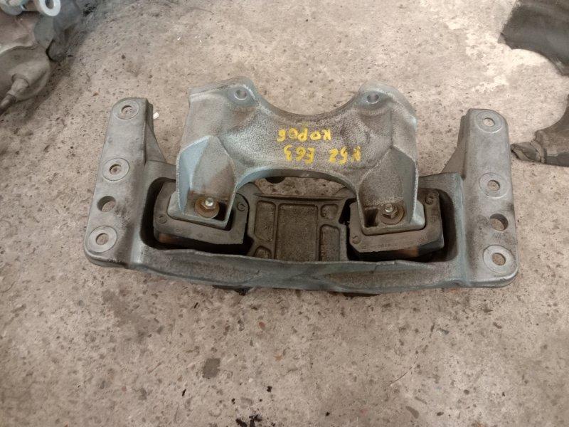 Подушка кпп Bmw 6-Series E63 N52B30 2006