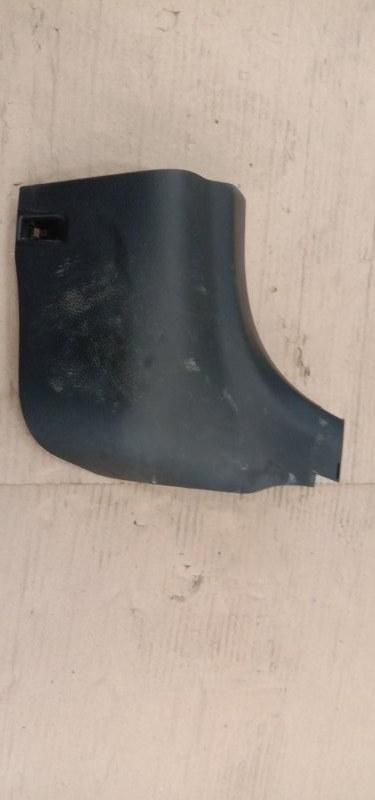 Пластиковые детали салона Toyota Corolla Fielder NZE144G 1NZ-FE 2010 переднее правое нижнее