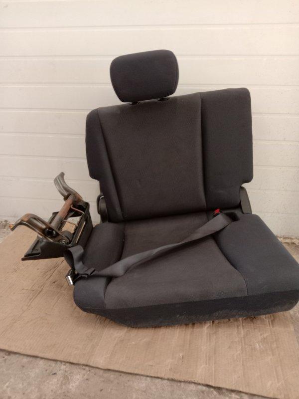 Сиденья Toyota задняя