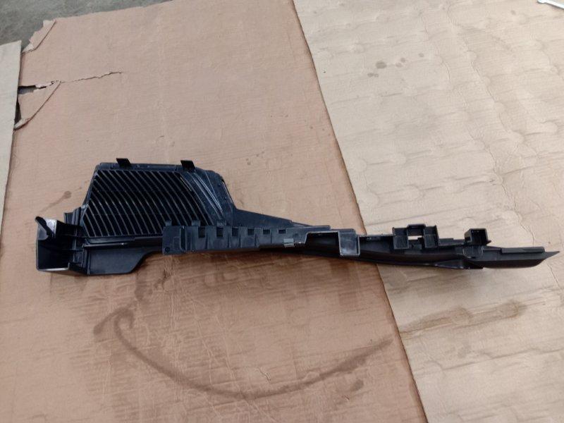 Обшивка багажника Bmw X5 E70 N62B48 2008 правая