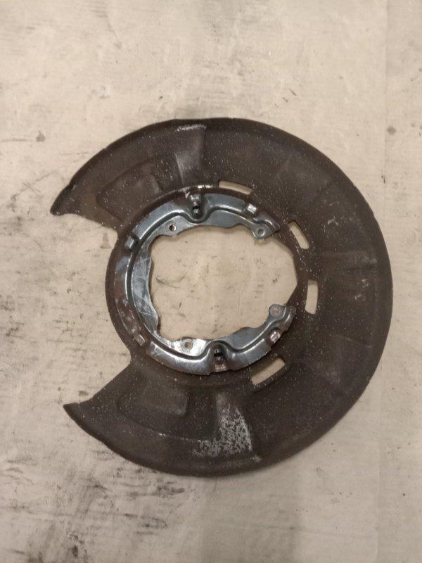 Пыльник Bmw X5 E70 N62B48 2008 задний левый