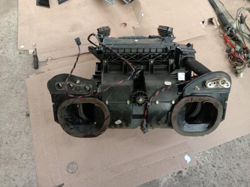 Корпус печки Bmw X5 E53 M54B30 2002