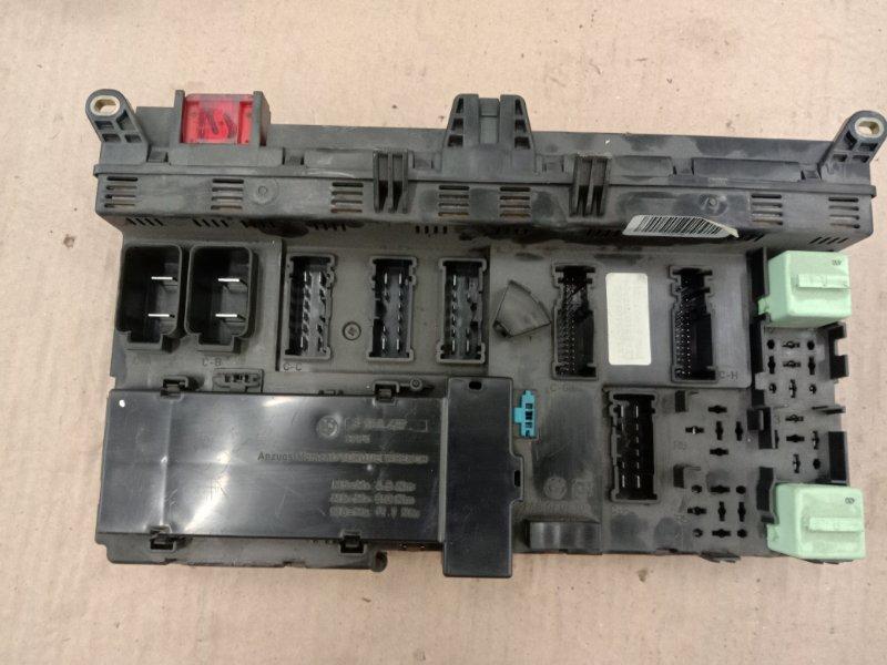 Блок реле и предохранителей Bmw X5 E53 M54B30 2002