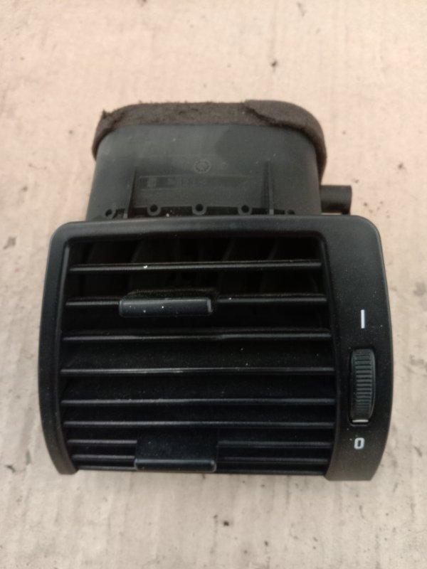 Дефлектор воздушный Bmw X5 E53 M54B30 2002 правый