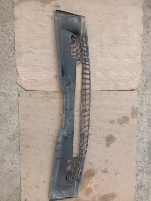 Решетка под дворники ( жабо) Bmw X5 E53 M54B30 2002