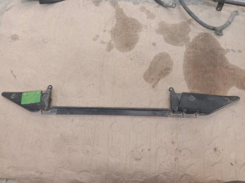 Рамка радиатора Bmw X5 E53 M54B30 2002