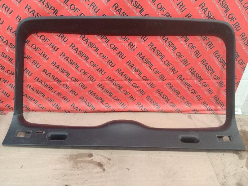 Обшивка крышки багажника Bmw X5 E53 M54B30 2002