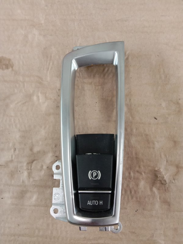 Кнопка Bmw 5-Series F 10 N52B30A 2010