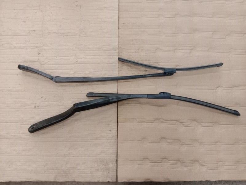 Щетка стеклоочистителя Bmw 5-Series F 10 N52B30A 2010 передняя