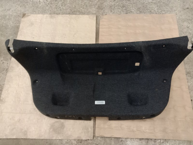 Обшивка крышки багажника Bmw 5-Series F 10 N52B30A 2010