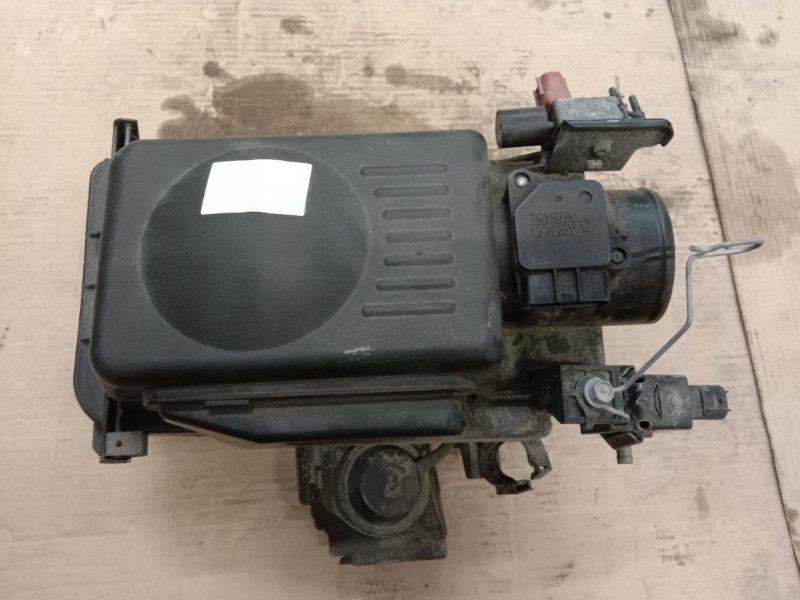 Корпус воздушного фильтра Toyota Corolla Runx ZZE123 2ZZ-GE 2001