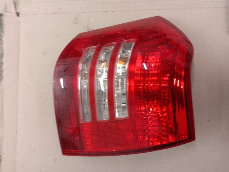 Фонарь стоп-сигнала Toyota Corolla Runx NZE121 1NZ-FE 2002 задний правый