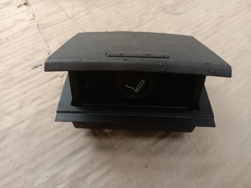 Прикуриватель Bmw X3 - Series E83 M54B25 2004 задний