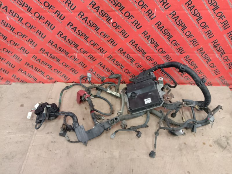 Блок управления двс Toyota Corolla Fielder NZE144 1NZ-FE 2010