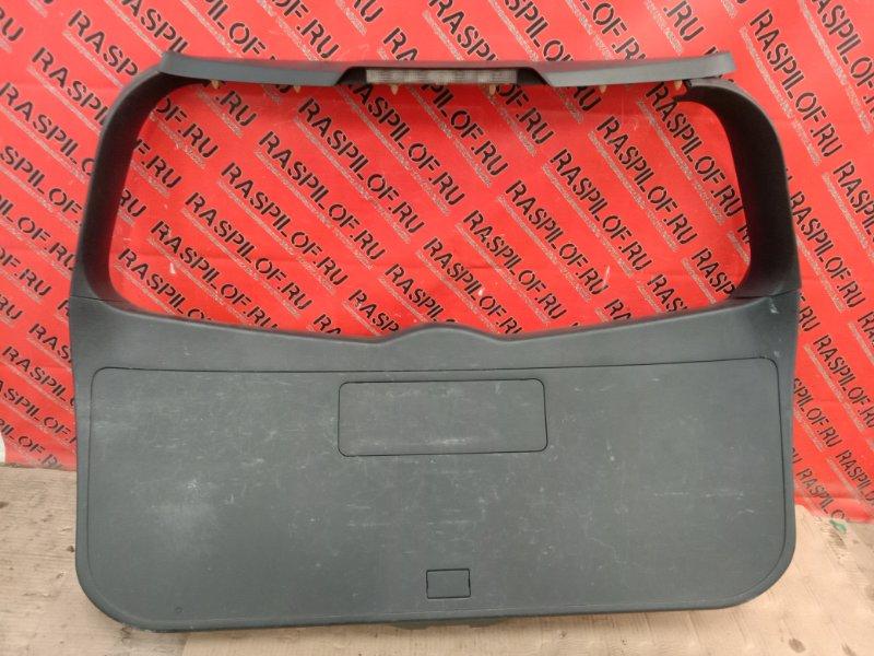 Обшивка крышки багажника Toyota Corolla Fielder NZE144 1NZ-FE 2010