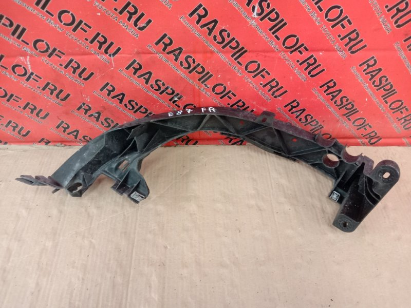 Клипса крепления фары Bmw 1-Series E87 N45B16A 2007 передняя правая