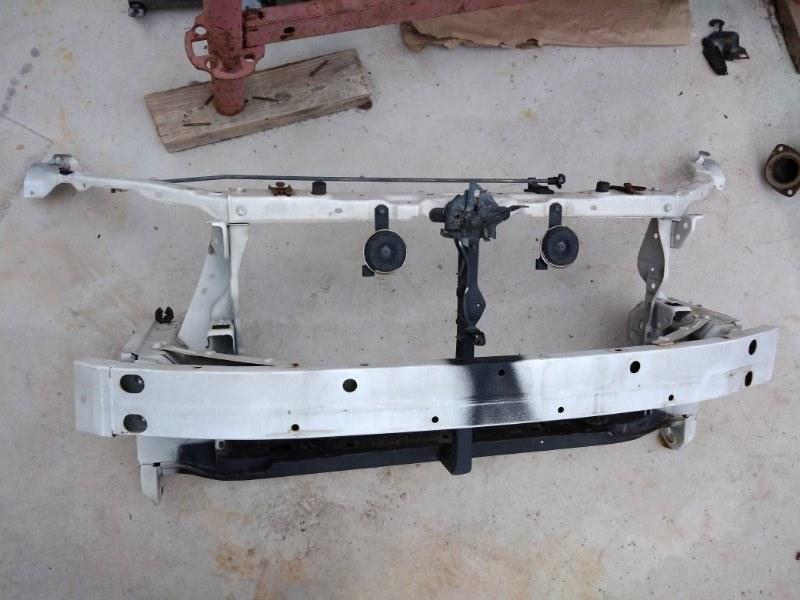Рамка радиатора Toyota Corolla Fielder NZE144 1NZ-FE 2010