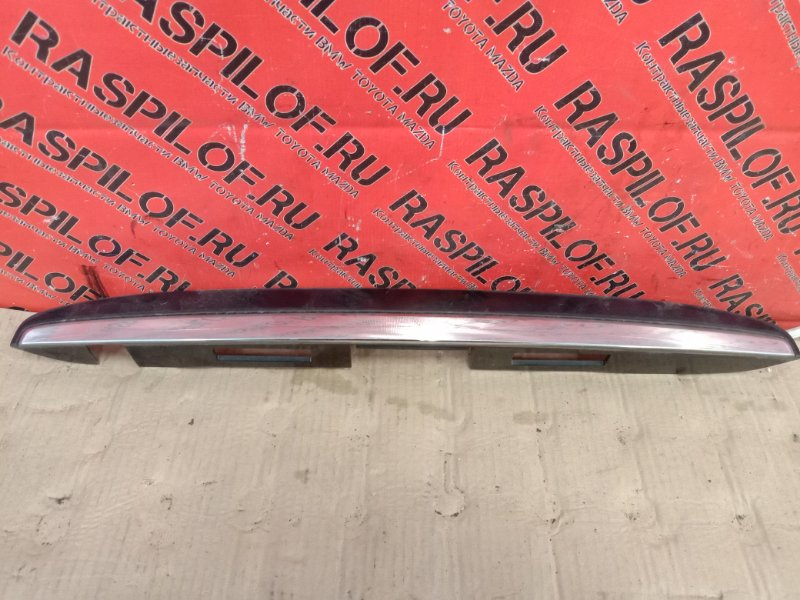 Накладка на дверь багажника Toyota Harrier MCU35 1MZ-FE 2003