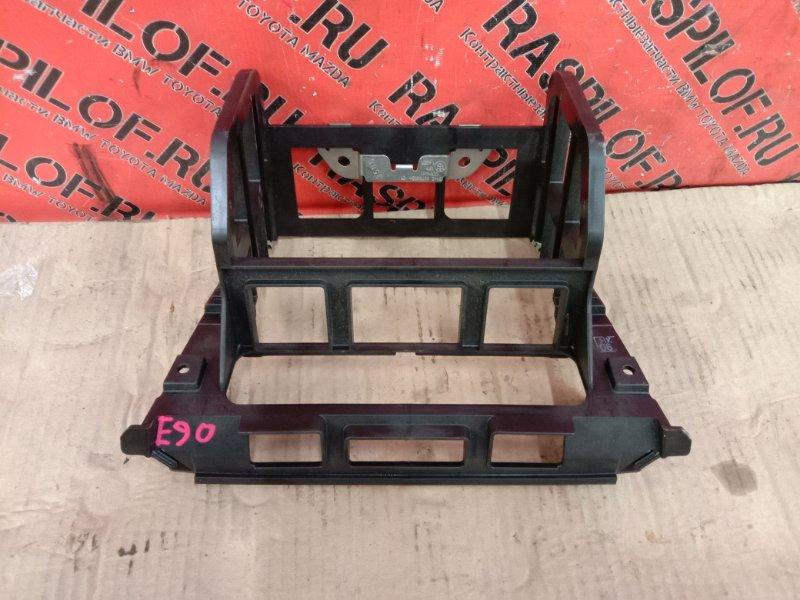 Крепление магнитолы Bmw 3-Series E90 N54B30A 2006
