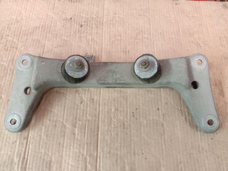 Подушка кпп Bmw 3-Series E90 N54B30A 2006