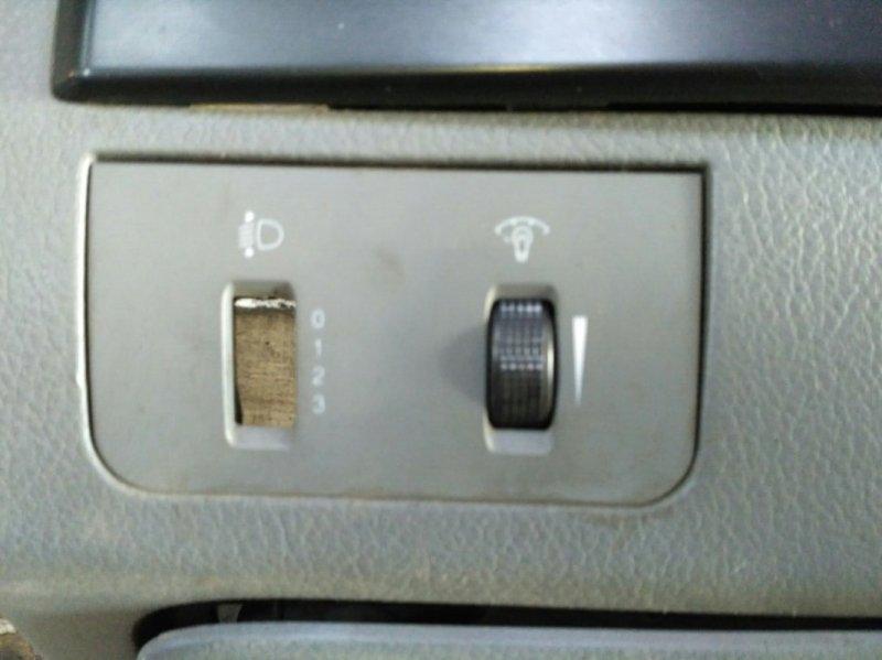 Кнопка освещения панели приборов Chevrolet Lacetti 2003