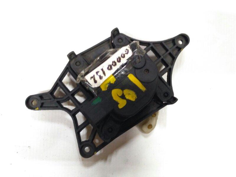 моторчик заслонки отопителя Hyundai Solaris