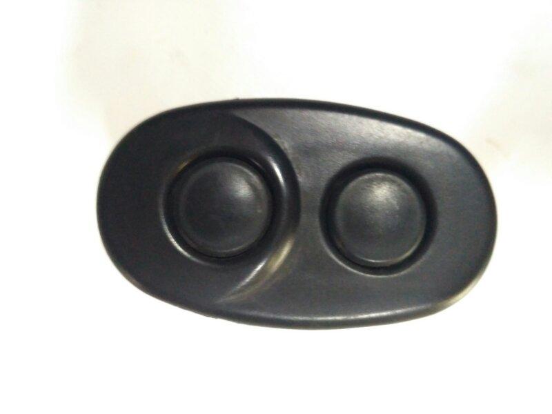 Кнопка открывания багажника Daewoo Nexia 1995