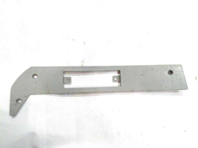 Накладка бампера боковая Shaanxi F3000 правая