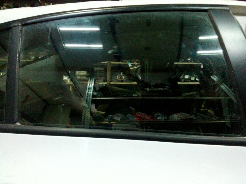 Стекло двери Chevrolet Cruze XUFJA696JB3 F16D3 2009 заднее правое
